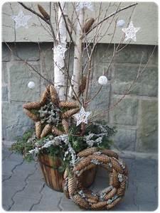 Weihnachtsdeko Aussen Dekoration : die besten 25 weihnachtsdeko aussen ideen auf pinterest weihnachtsdeko ideen f r aussen ~ Frokenaadalensverden.com Haus und Dekorationen