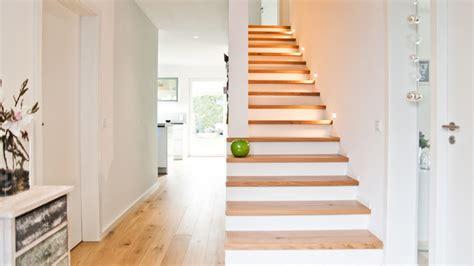 flur mit treppe gestalten modern flur treppe modern treppen hamburg w p