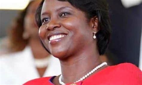 Michèle Bennett Duvalier Prend La Défense De La Première