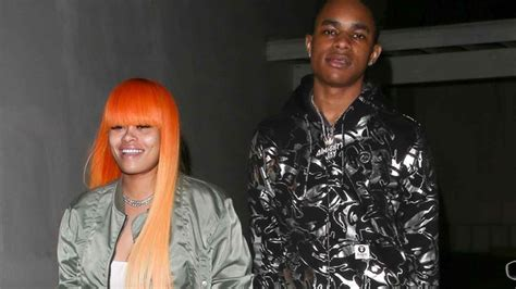 kirk jay age blac chyna caught holding hands with her 18 year old