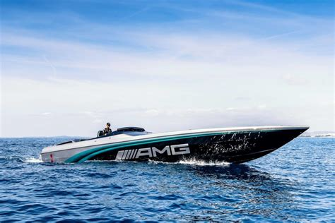 Cigarette Racing Boat Amg by Lewis Hamilton Helps Debut Cigarette Racing 50 Marauder