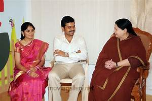 Karthik Sivakumar Wife Ranjani « All Actress In Saree