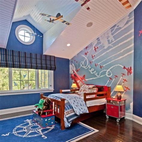 tenture plafond chambre déco plafond pour la chambre enfant et bébé en 27 photos