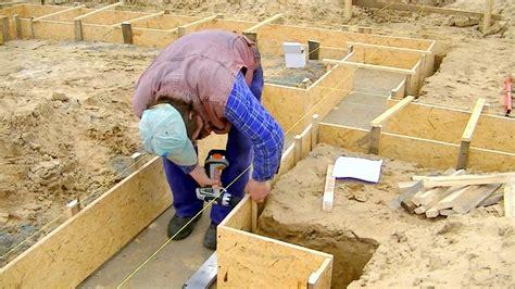 Zementmörtel Als Fundament by Bau Des Einfamilienhauses Teil 2 Schalung Fundament