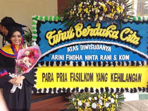 toko bunga florist jakarta indonesia flower shop bunga bouquet wisuda model terbaru