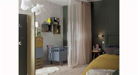 aménager chambre bébé dans chambre parents chambre parentale coin bébé 8 idées déco à copier