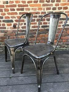 Chaise Metal Tolix : ancienne chaise tolix a ~ Teatrodelosmanantiales.com Idées de Décoration