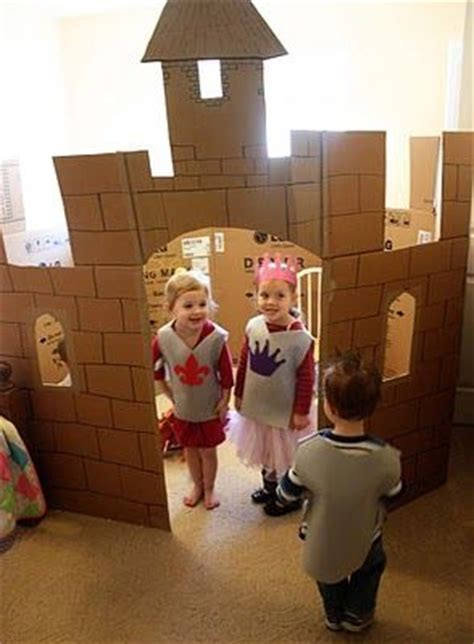 17 best ideas about cardboard castle on 125 | 455f686cac402a0a7ee4ba435afe4c2c