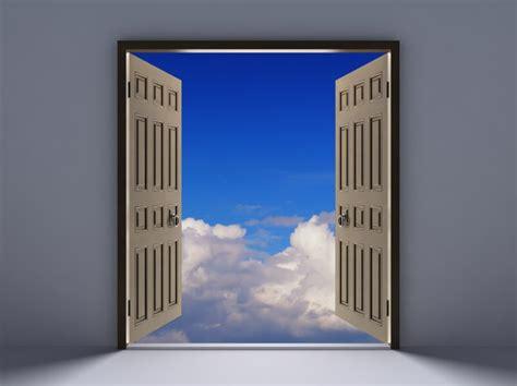 quand une porte se ferme une autre s ouvre r 233 ussir avec la loi d attraction