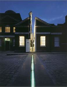 The Prime Meridian Divides The Globe Into Eastern And