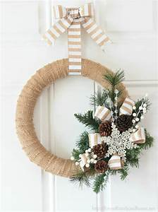 20 DIY Thanksgiving & Christmas Wreath Ideas - thegoodstuff