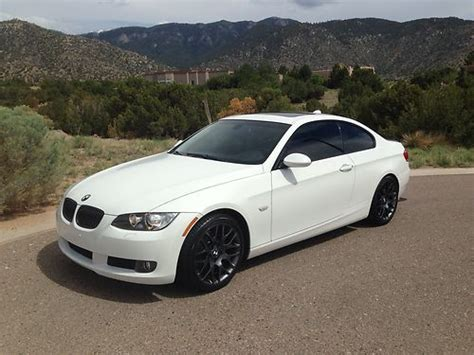 Buy Used 2009 Bmw 328i Coupe White Sport Package 30l In