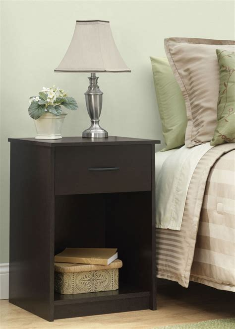 Bedroom Table Ls by Bedroom Accent Table In Nightstands
