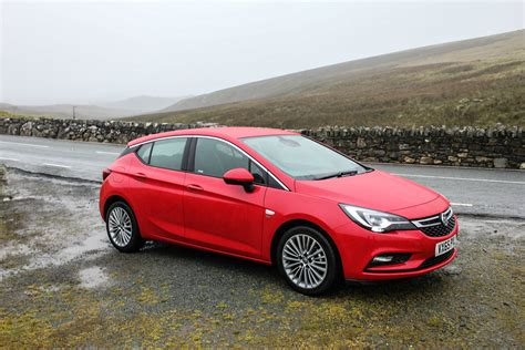 vauxhall astra 2015 vauxhall astra review carwitter