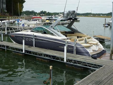 Boatsales Of Lake Norman by Lake Norman Is A Place For Big Boats And Boat Sales