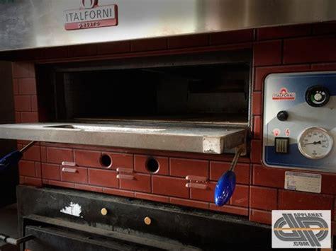 cuisine rustique four à pizza gaz 1 chambre 4 pizzas italforni ega