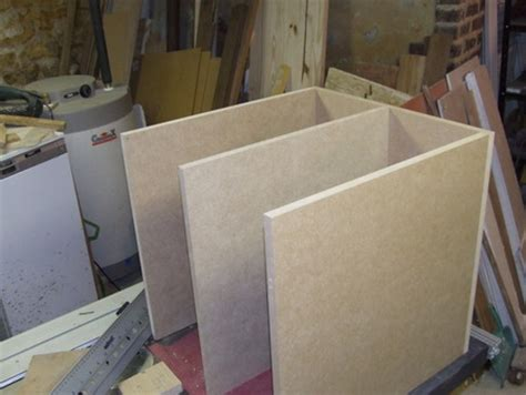 bureau d 騁ude construction construction d un petit meuble informatique brico info