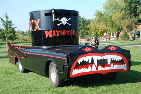 Image: The Deathmobile from Animal House, size: 640 x 428