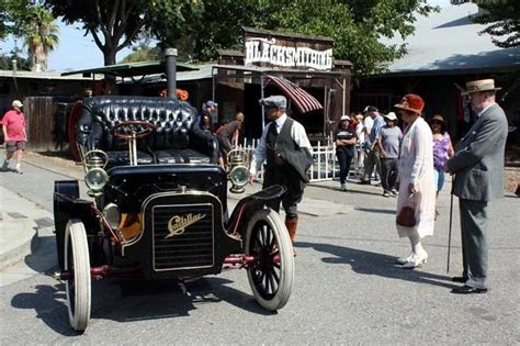 vintage cars and wives