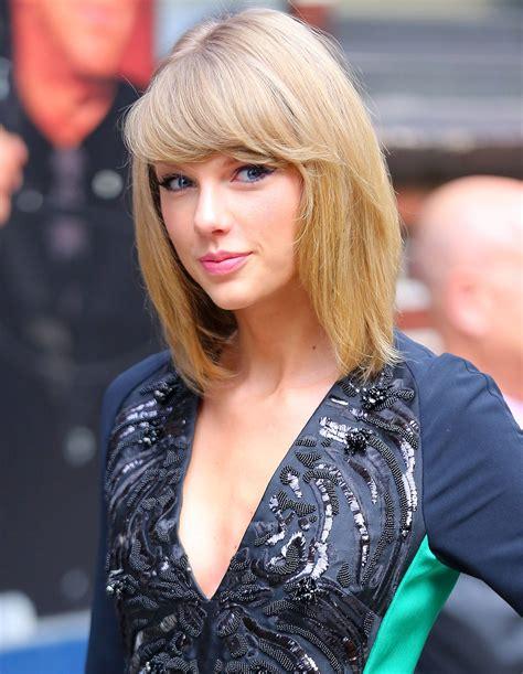 Huge Hot Taylor Swift Photo Album Celeblr
