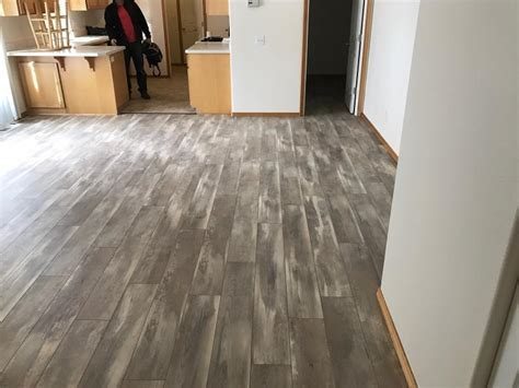 Kronoswiss Swiss Solid Iceland Oak D4490NM Laminate Flooring