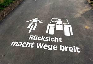 Sie Macht Die Beine Breit : zeichen zur gegenseitigen r cksichtnahme aus mittelhessen ~ Eleganceandgraceweddings.com Haus und Dekorationen