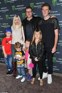 Tori Spelling Family Night Out Photo