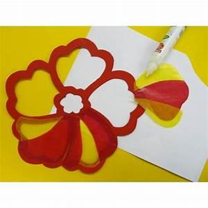 Blumen Basteln Fensterdeko : fensterbild fr hling basteln mit transparentpapier tolle bastelidee ~ Markanthonyermac.com Haus und Dekorationen