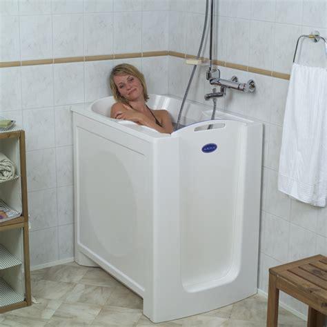Sitzbadewanne Für Erwachsene by Sitzwanne Senioren Platzwunder Acacia Kibomed