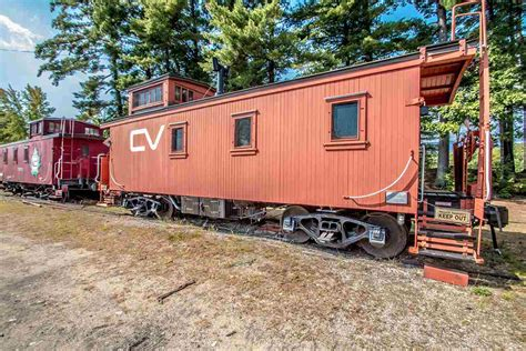 There's A Renovated Train Car For Sale In Conway, Nh