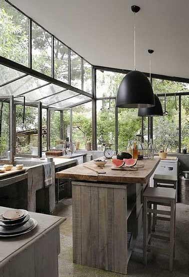 extension cuisine sur jardin cuisine verrière 12 cuisines lumineuses ouvertes sur le