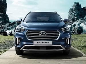 Hyundai Grand Santa Fe 2018 : hyundai grand santafe gl 4x4 2018 price specs motory ~ Kayakingforconservation.com Haus und Dekorationen