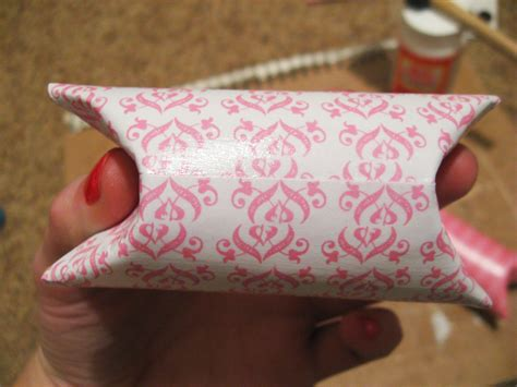 diy candy holder   toilet paper roll