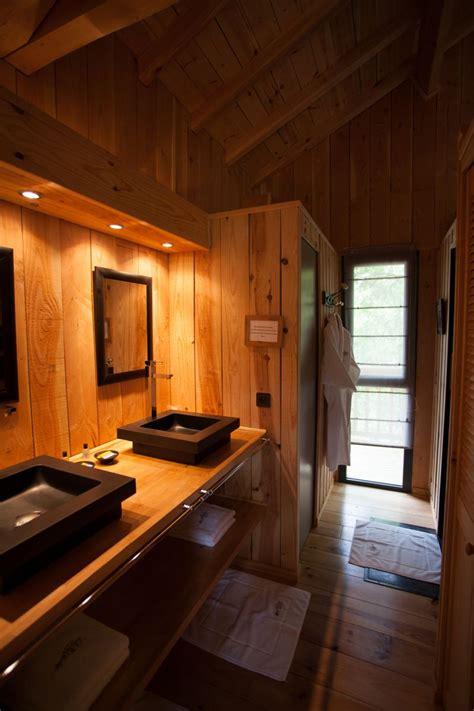 cabane dans les arbres avec salle de bain la cabane au bord du lac gt biscarrosse