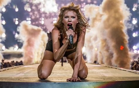 Lawyers respond to Taylor Swift's attempt to copyright ...