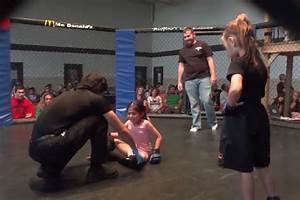 See Two Six Year Old Girls Fight In A Cage - Bloody Elbow