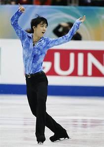 Yuzuru Hanyu Photos Photos - ISU Grand Prix of Figure ...
