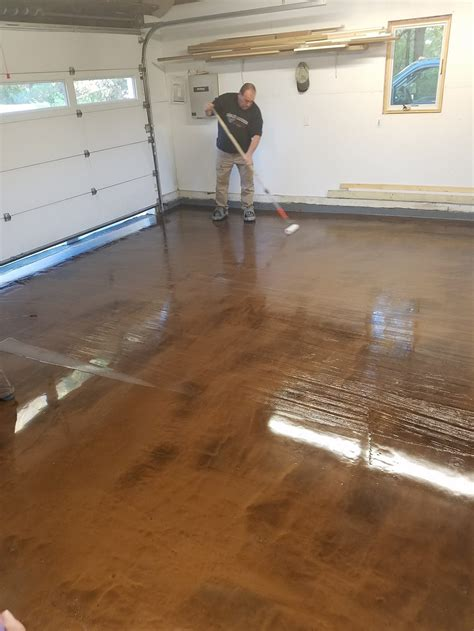 epoxy flooring residential epoxy finish concrete residential garage floor 1 1 capozza concrete services