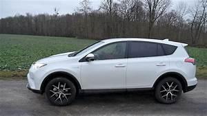 4x4 Toyota Hybride : toyota rav4 hybride le tueur de diesel ~ Maxctalentgroup.com Avis de Voitures