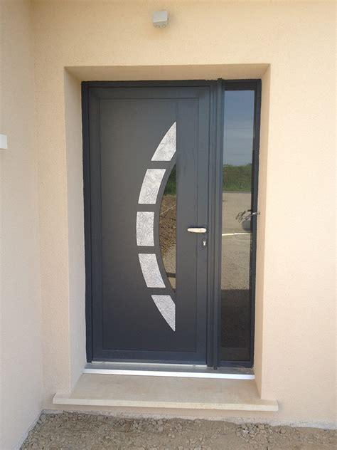 changer porte d entree maison design goflah