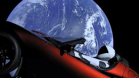 tesla van elon musk verder de ruimte   gepland