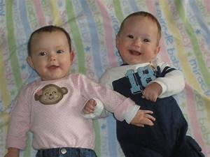 Twin Kids Photos to Download Freely | Kids Online World Blog