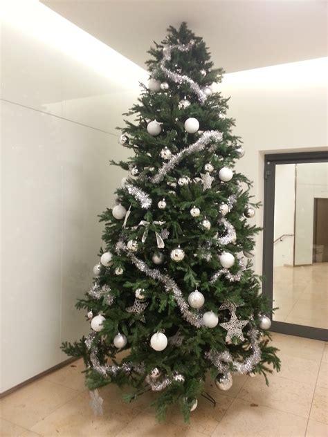 weihnachtsbaum dekoriert my blog