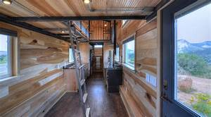 Tiny House Mobil : this huge 39 tiny house 39 on wheels can fit a family of five inhabitat green design ~ Orissabook.com Haus und Dekorationen