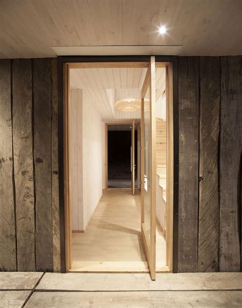 wooden walls entrance doors family home  algarrobo