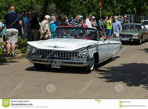 Full-size Car Buick LeSabre, (First Generation) Editorial ...