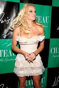 Pamela Anderson Celebrates Birthday at Chateau Nightclub ...