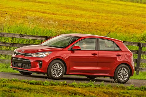 kia rio nabs top safety pick award