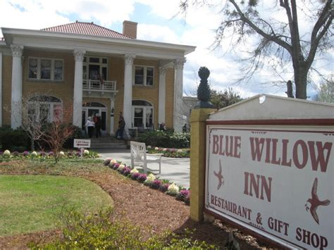 blue willow inn social circle ga marie lets eat