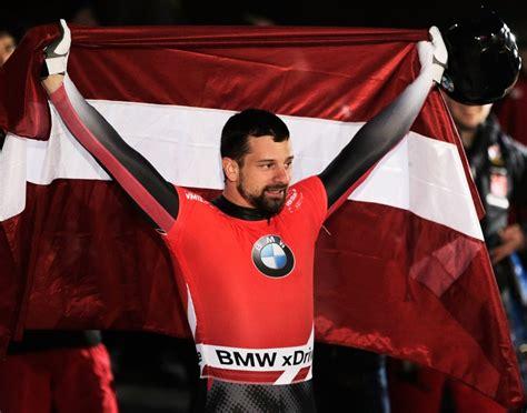 Dominant Dukurs wins World Skeleton Championships title ...